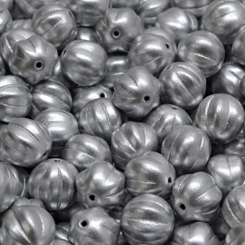 Korálky meloun 8x8mm stříbrné
