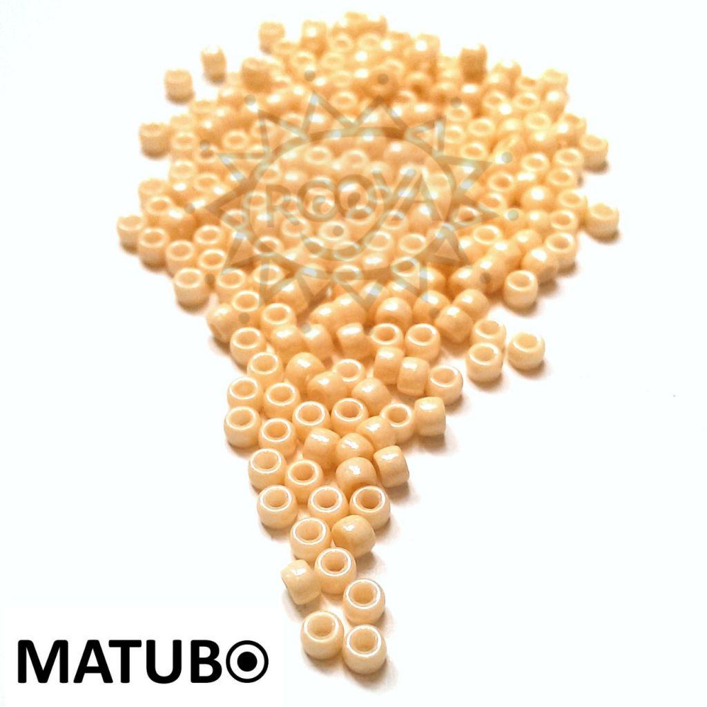 Matubo 7/0 křída oranžový listr
