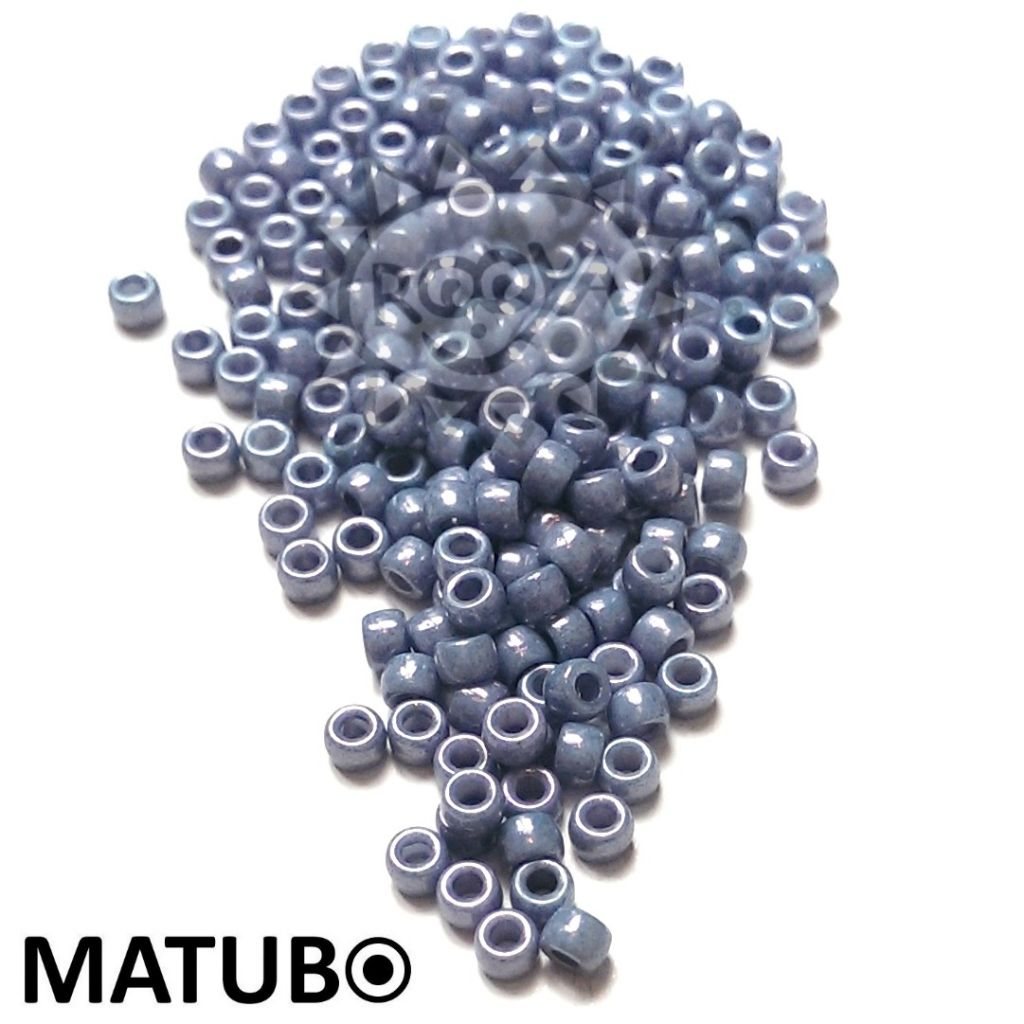 Matubo 7/0 křída modrý listr